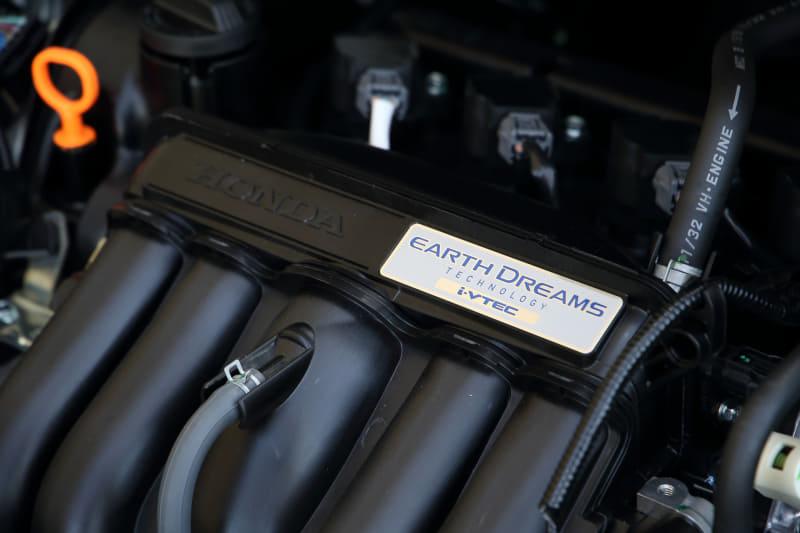 ガソリンエンジンは1.3リッター、最高出力98PS/6000rpm、最大トルク118Nm/5000rpm