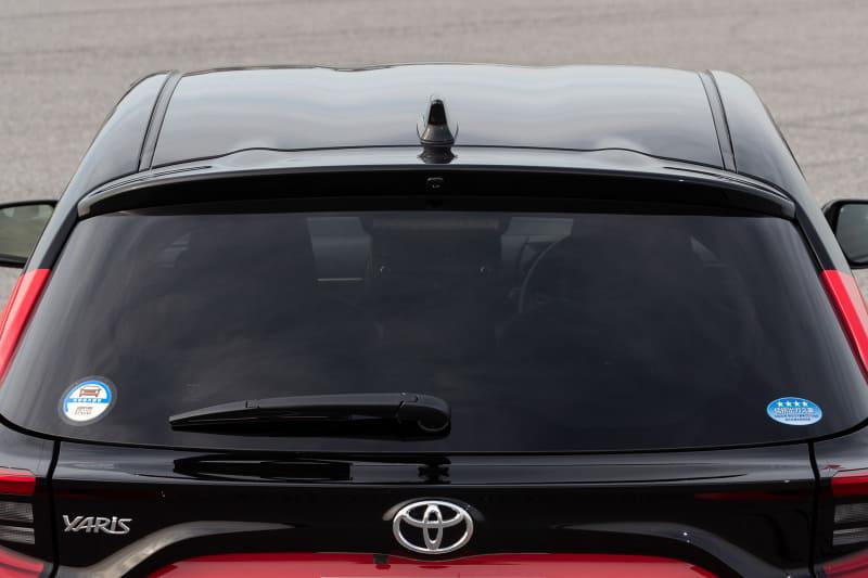 ボディカラーはオプション設定の2トーンボディカラー「ブラック×コーラルクリスタルシャイン」