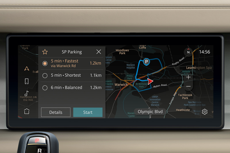 直感的な操作が可能な上、AIがドライバーの好みのルートを学習するといった機能も持つ