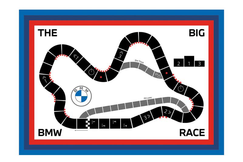 「ビッグBMWレース」は2~4人向け。コースを早く3周した人が勝利