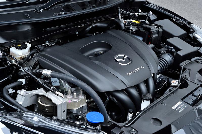 MAZDA2 15S PROACTIVEが搭載するP5-VPS型エンジンは最高出力81kW(110PS)/6000rpm、最大トルク141Nm(14.4kgfm)/4000rpmを発生。WLTCモード燃費は19.8km/L