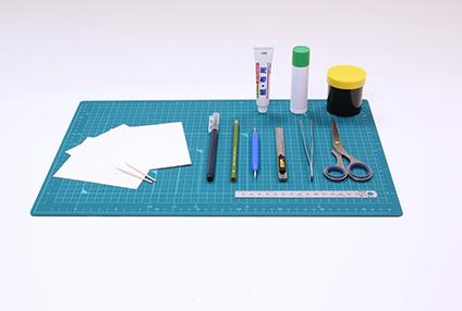 プレミアムペーパークラフトを作る際に揃えておきたい道具
