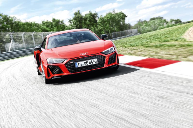 優勝:SUPER GTなどの参戦レーシングドライバーによるドライビングレッスンやスポーツ走行をサーキット(場所未定)で体験できる予定。運転免許を保有していない場合は同乗走行を想定