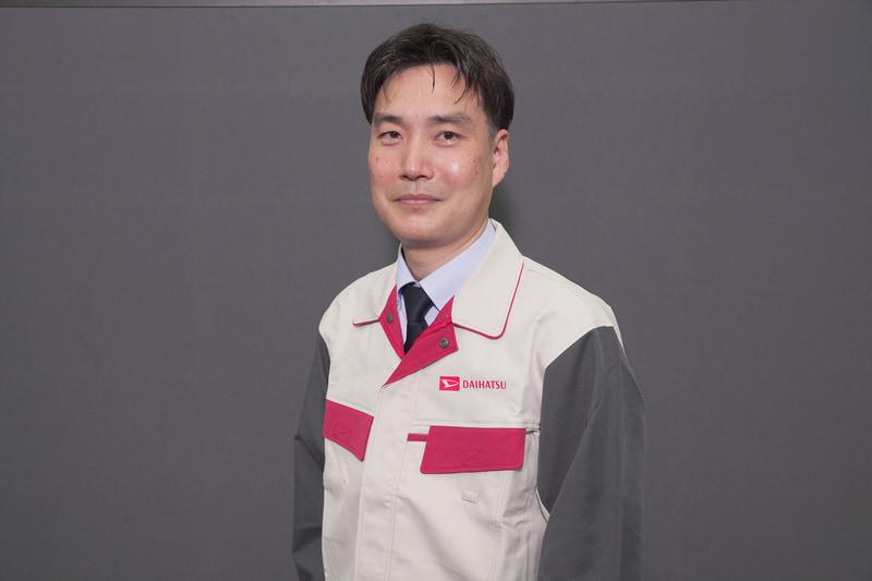今回の説明会では大阪にあるダイハツ本社とも回線が繋がっていて、タフトの開発に携わった方はそこから参加。こちらは製品企画部 チーフエンジニアの小村明紀氏
