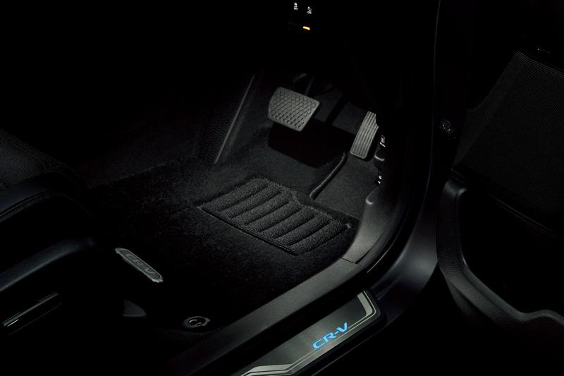 新型「フットライト」点灯イメージ