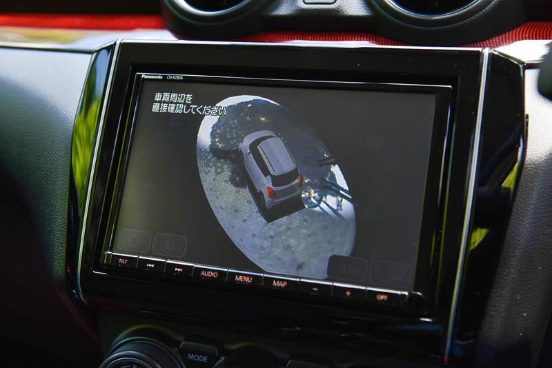 全方位モニター用カメラにより周囲を立体的に360度確認できる3Dビュー(メーカーオプション)