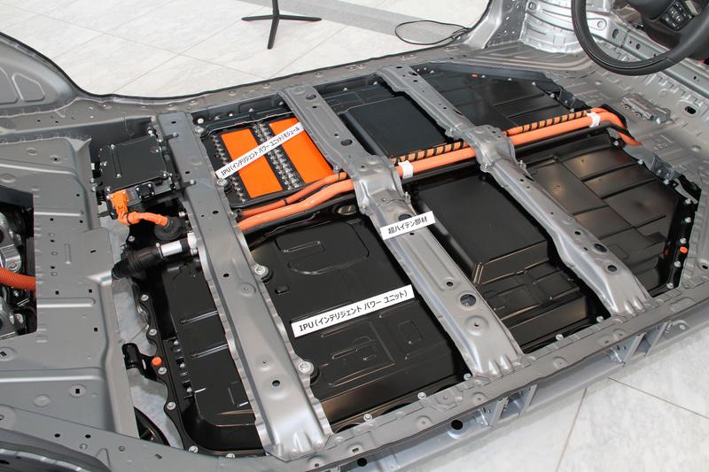 Honda eは専用プラットフォームを採用