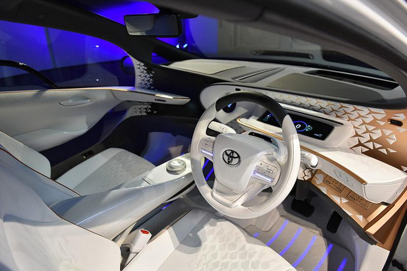 東京モーターショー 2019で公開された4人乗りのEV「LQ」