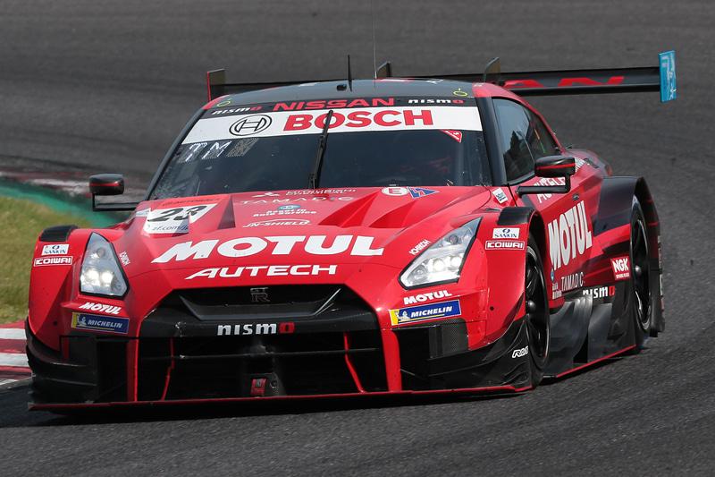 SUPER GT第3戦 鈴鹿を優勝した23号車 MOTUL AUTECH GT-R(松田次生/ロニー・クインタレッリ組、MI)