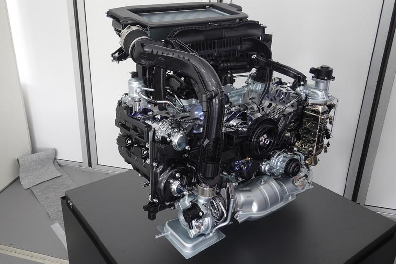 現行レヴォーグに搭載されるFB16エンジンよりもコンパクト&軽量化されたCB18エンジン
