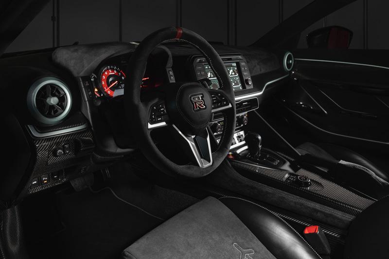 「Nissan GT-R50 by Italdesign」に採用されたアルカンターラ