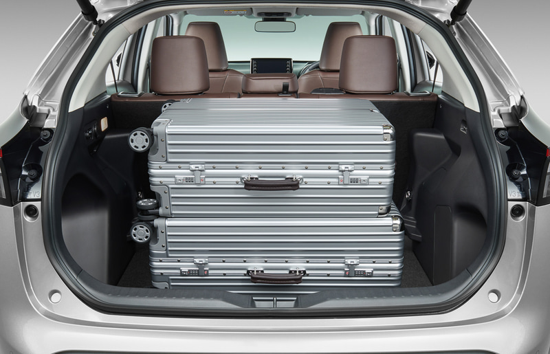 スーツケース(110L)2個を余裕で収納
