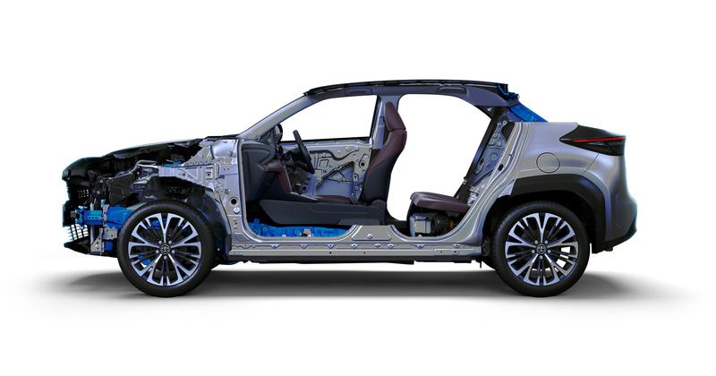 コンパクトカー向けTNGA(Toyota New Global Architecture)プラットフォーム「GA-B」を採用