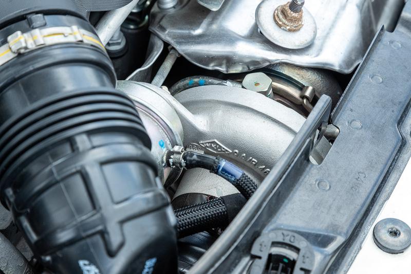 エンジンはピスタと同様で1.4リッター直列4気筒ターボエンジン、最高出力121kw(165PS)/5500rpm、最大トルク210Nm(21.4kgfm)/2000rpmを発生