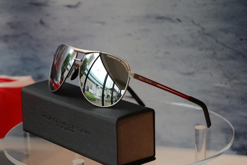 ポルシェデザインサングラス。価格2万9590円