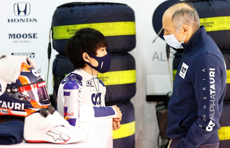 フランツ・トスト代表(右)と角田裕毅選手(左) Photo:Honda