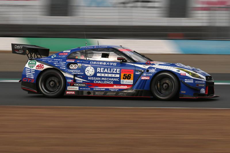 GT300クラスは、今季2度目の優勝となった56号車 リアライズ 日産自動車大学校 GT-R(藤波清斗/J.P.デ・オリベイラ組、YH)
