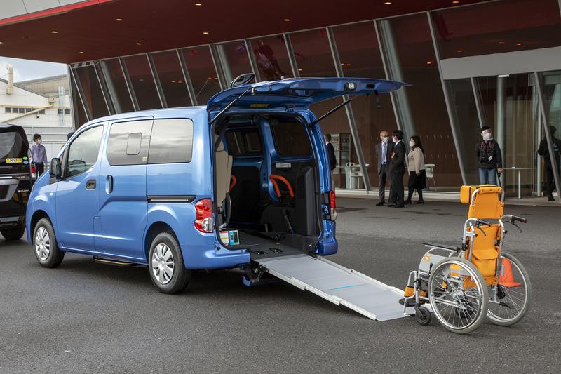 日産ライフケアビーグルの車いす搭載仕様車。NV200 バネット チェアキャブ