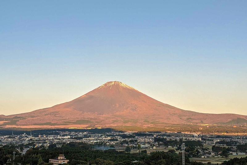 御殿場のホテルから見た富士山。これは仕事だったのでマイカーでは行きませんでした