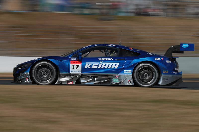 ホンダ NSX-GT勢でポイントランキングトップに立つ17号車 KEIHIN NSX-GT(塚越広大/ベルトラン・バゲット組、BS)