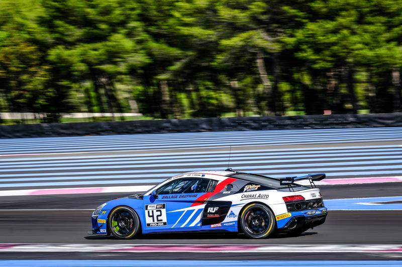 GT4レーシングシリーズではグレゴリー・ギルバート/ファビアン・ミッシェル組が3年連続でPro-Amクラスを制す