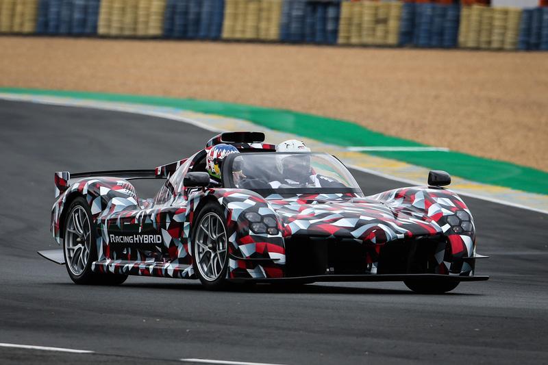 第88回ル・マン24時間レースの決勝を前にサルト・サーキットを走行した、TOYOTA GAZOO Racingが開発中のハイパーカー「GR Super Sport(仮称)」