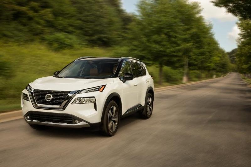 日産自動車の北米市場向け新型クロスオーバーSUV「ローグ」