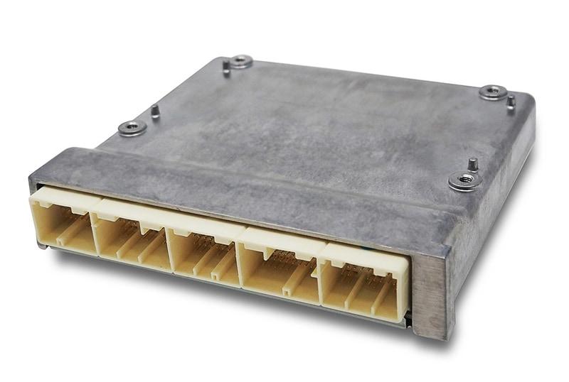 車両統合制御電子機器「VCU」を開発