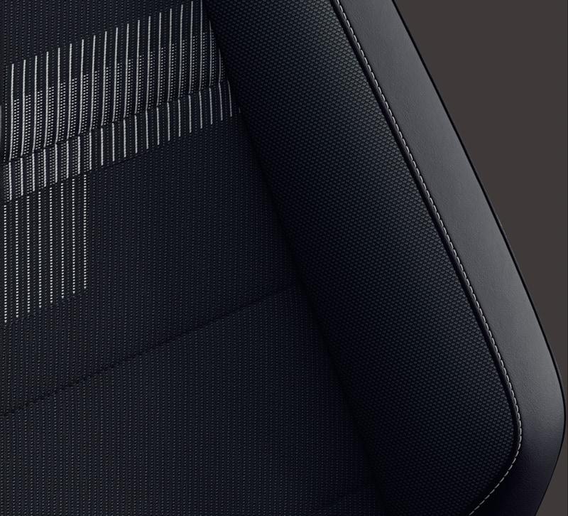 T-Cross TSI Style シート:チタンブラック/グレー(UL)
