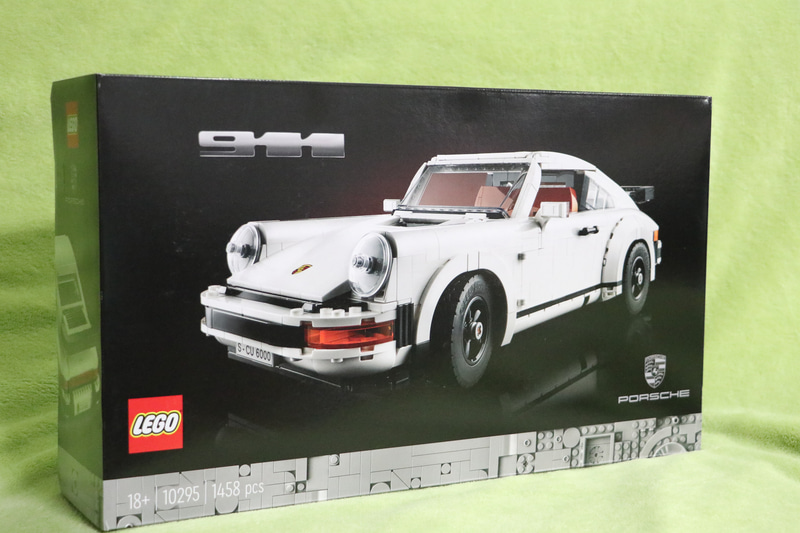 3月1日に発売されたばかりの「レゴ ポルシェ 911」