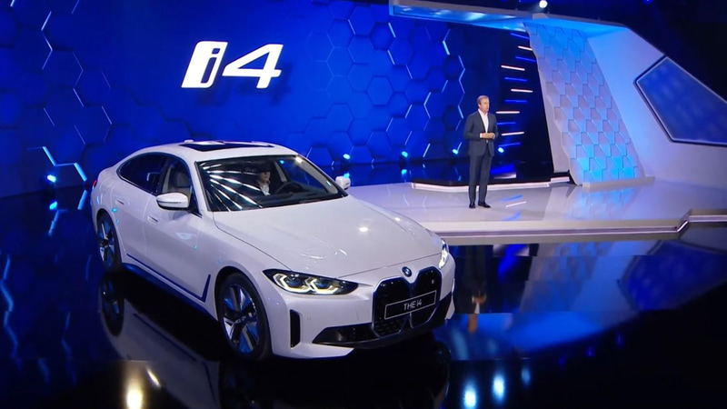 BMWグループ年次会議において公開されたピュアEVのi4