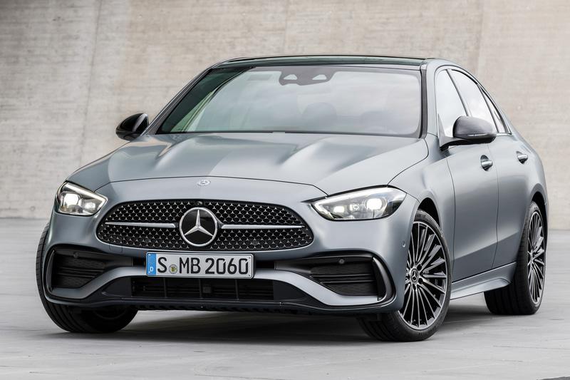 2月にドイツ本国で発表された新型「Cクラス」では、セダンとステーションワゴンが同時公開された
