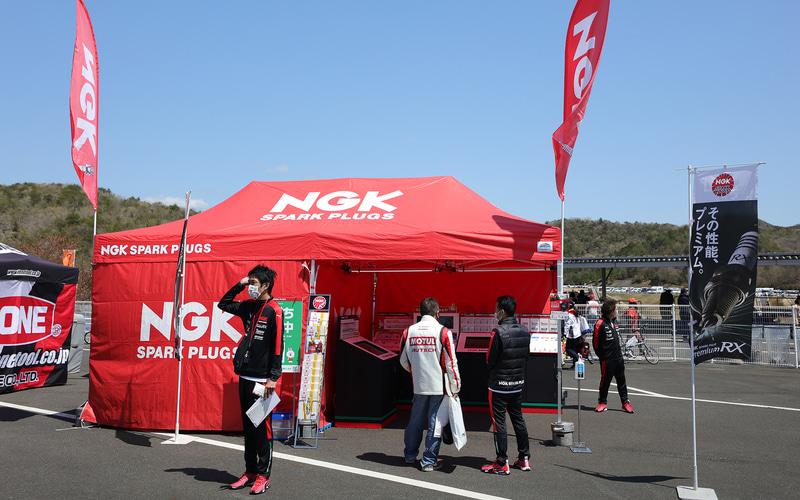 NGK:製品展示を実施