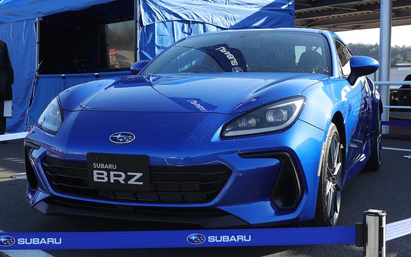 岡山国際サーキットに展示されたスバル新型「BRZ」