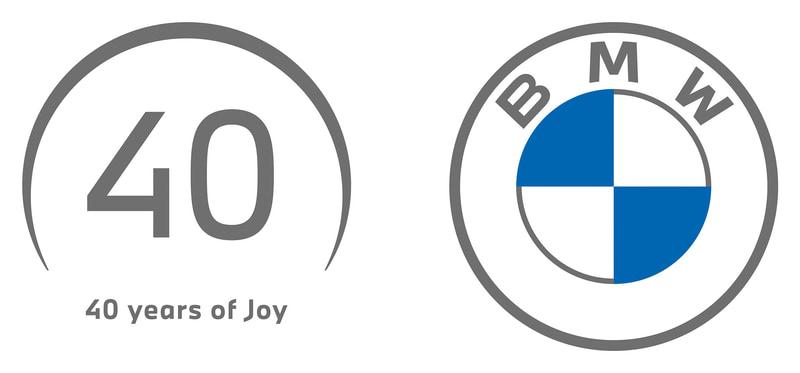 BMW日本法人は2021年に会社設立から40周年を迎えることを記念し、40年の歴史と未来へ向かって進んでいくという意図が込められた限定ロゴを制作。ロゴの円弧は日本を象徴する太陽をモチーフに、BMWのエンブレムロゴも意識しつつ、日の出を表現している