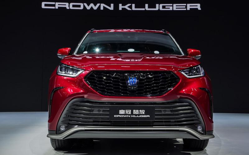 新型SUV「クラウン クルーガー(CROWN KLUGER)」
