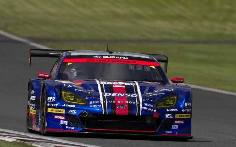 GT300のポールポジションを獲得したSUBARU BRZ R&D SPORT(井口卓人/山内英輝組、DL)