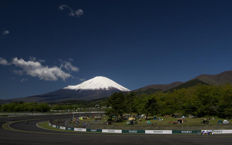 朝の公式練習では富士山が綺麗に見えていた