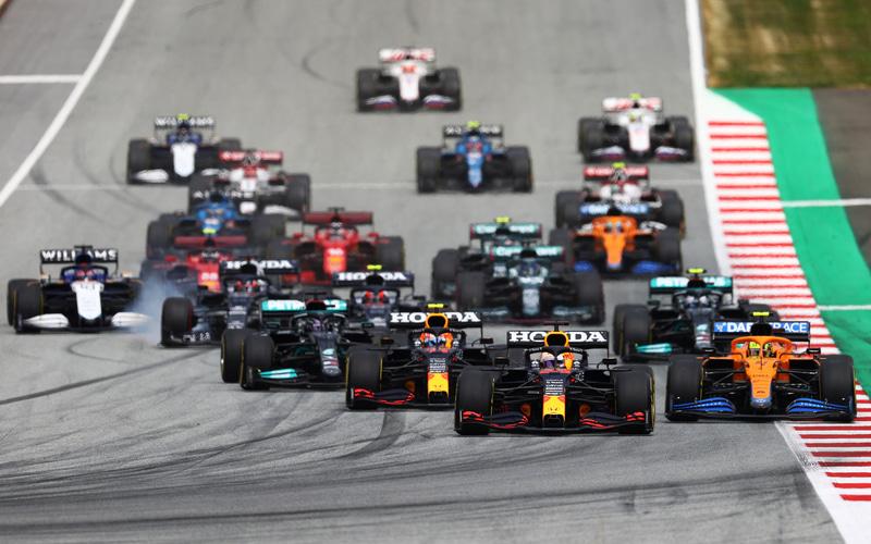F1第9戦オーストリアGPのスタートシーン (C)Getty Images / Red Bull Content Pool