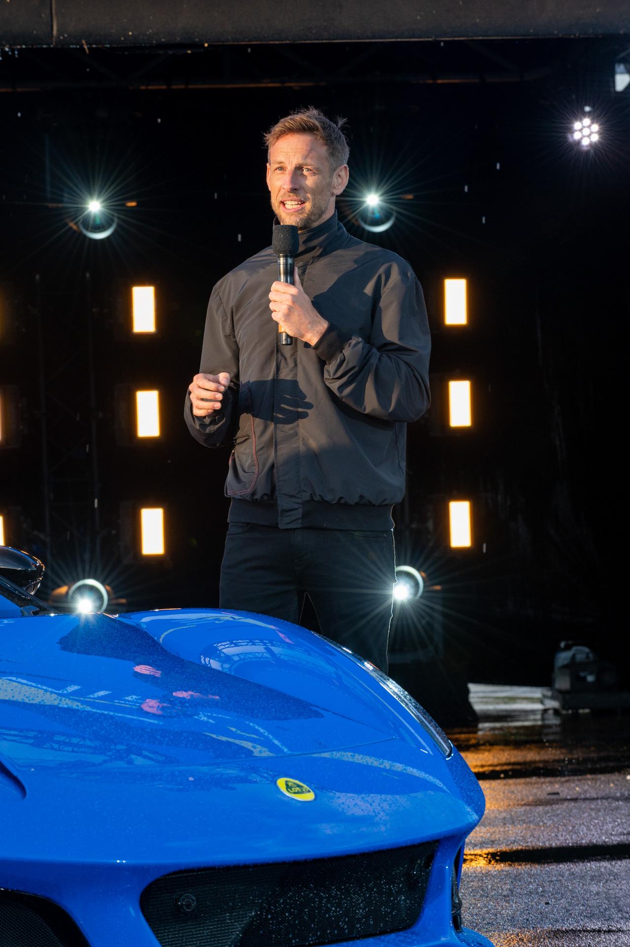 イベントの特別ゲストとして、元F1世界チャンピオン ジェンソン・バトン氏が登場
