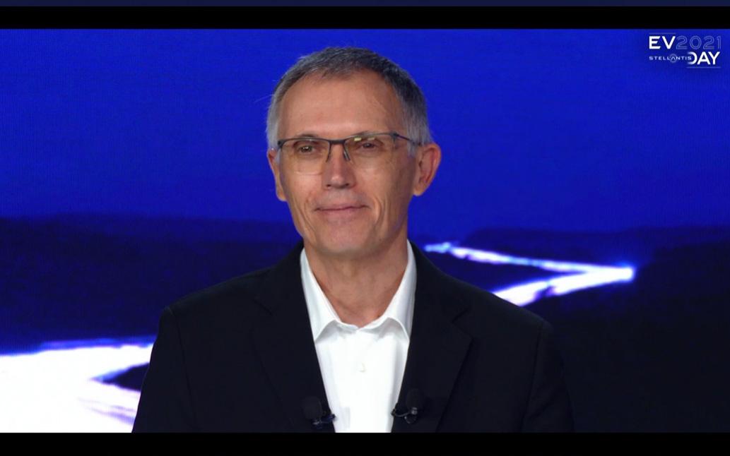 ステランティス CEO(最高経営責任者) カルロス・タバレス氏