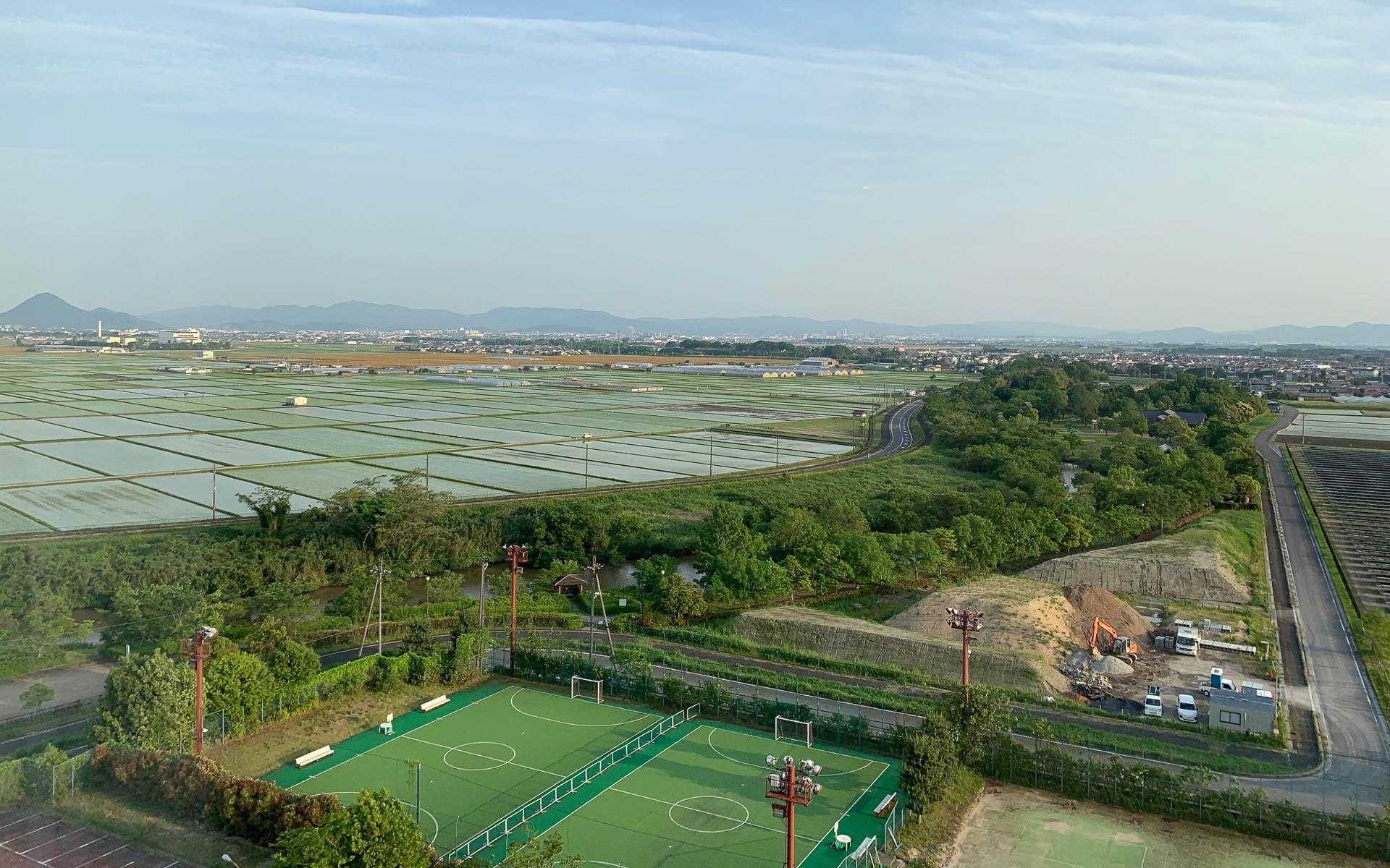 琵琶湖周辺の穏やかに広がる田園地帯