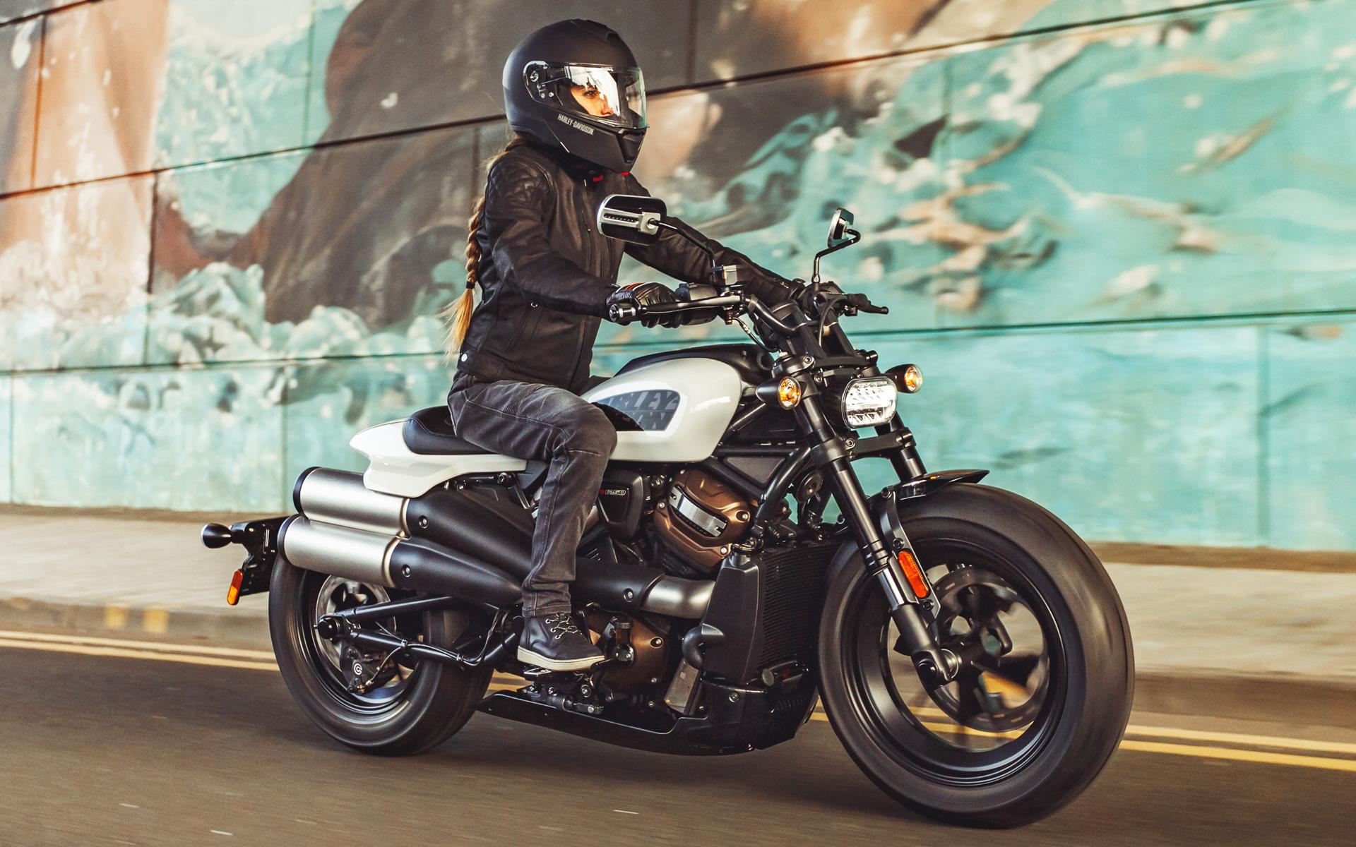 ハーレーダビッドソンがオンラインで公開した新型モデル「スポーツスター S」