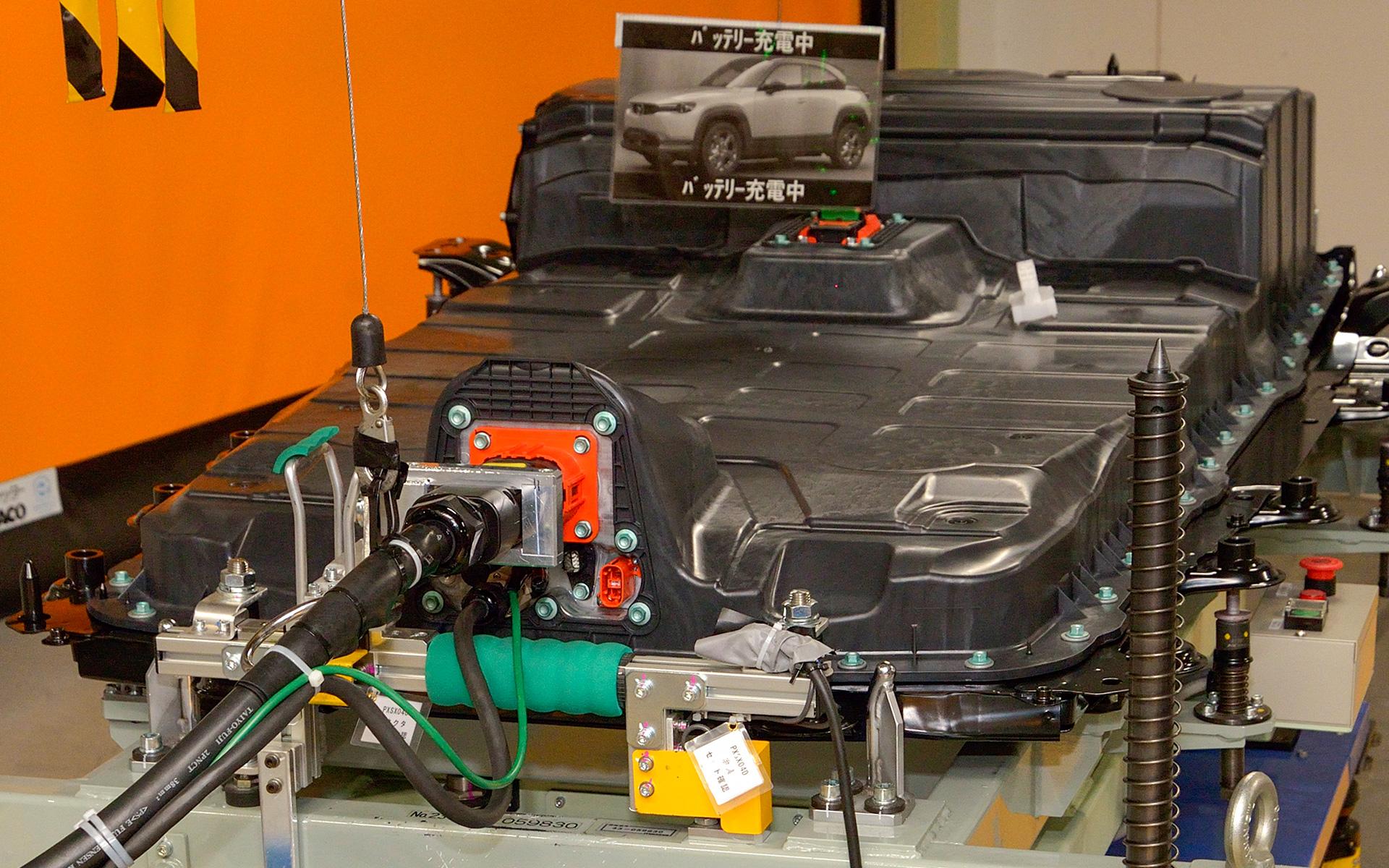 EVバッテリー充電設備