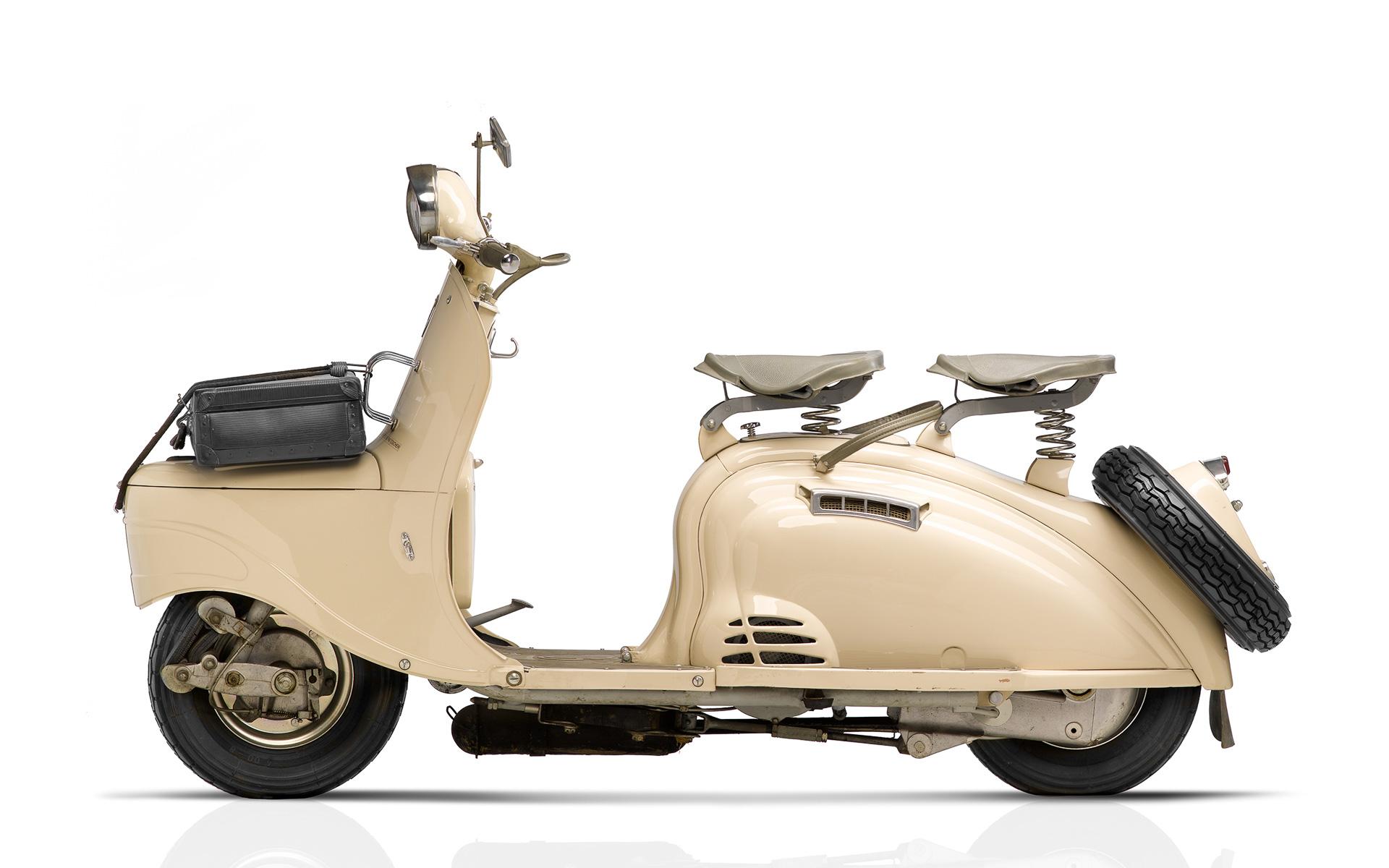 1953年に発売されたプジョー最初のスクーター「S55」