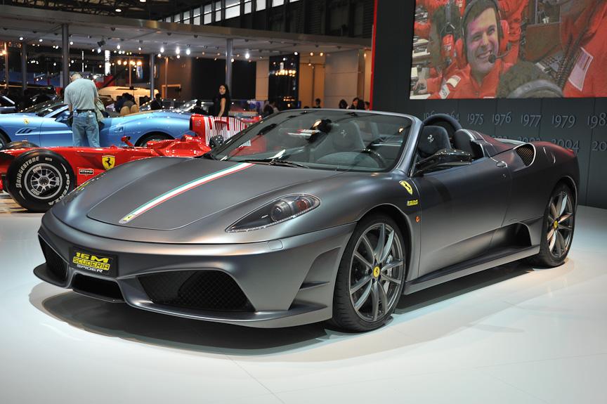 フェラーリは430スクーデリア、スクーデリア・スパイダー16M、カリフォルニアなどを並べた。スクーデリア・スパイダー16Mは16度目のF1コンストラクターズタイトル獲得を記念した製品で、世界で499台のみ生産される
