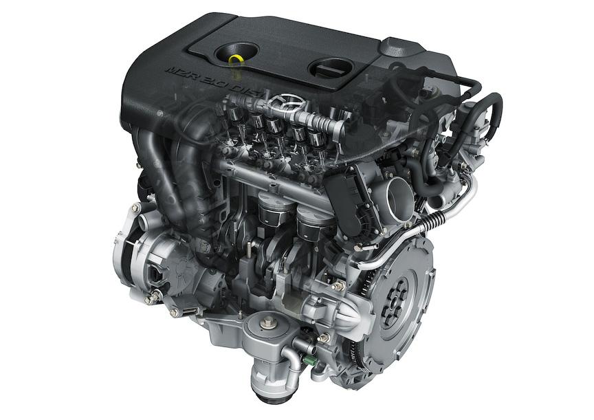 直列4気筒 DOHC 2.0リッター直噴エンジン