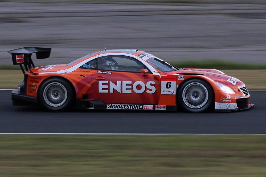 速さは見せるが、結果に結びつかない6号車 ENEOS SC430