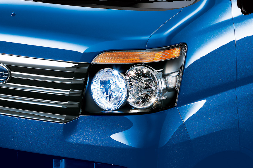 HIDロービームランプはRS Limited、RSに標準装備