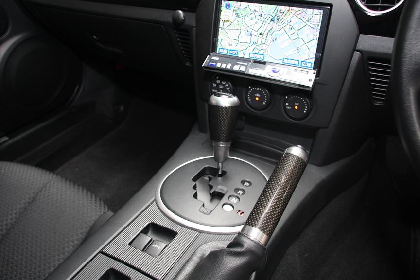 幌仕様モデルのトランスミッションは5速MTと6速MTが用意される(撮影車両は開発車両のためAT仕様)